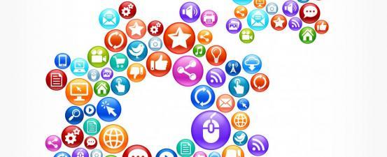 Social icons wheels turning